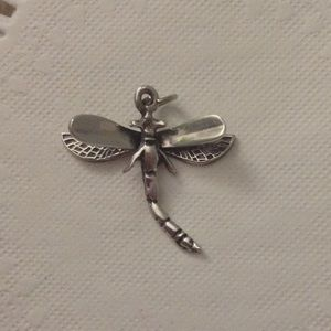 🌼sterling silver dragonfly charm🌼